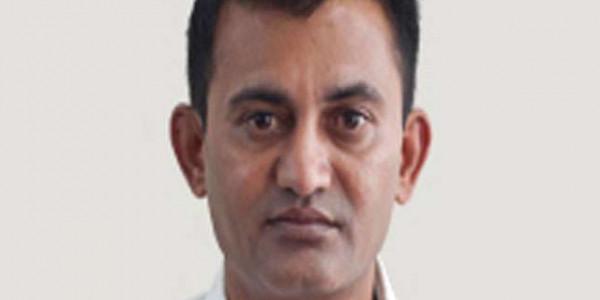 गुजरात में नेता विपक्ष परेश धनाणी के घर में घमासान