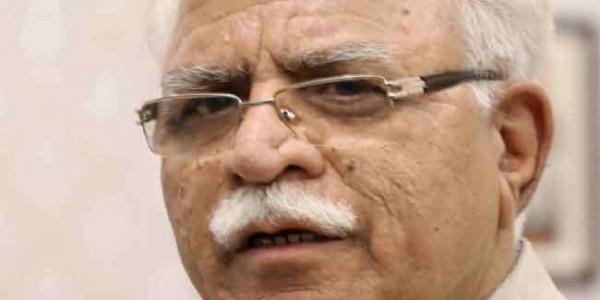 मुख्यमंत्री मनोहर लाल ने रोड शो में काला तेल फेंकने वाले को किया माफ