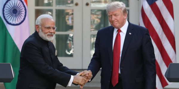 ट्रंप ने मोदी को कहा 'फादर ऑफ इंडिया', कांग्रेस नेता ने किया विरोध