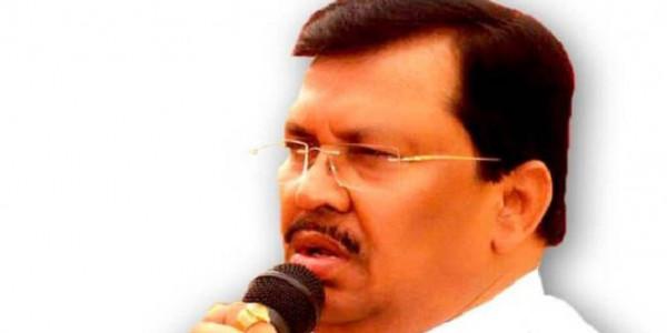 किसानों की चिंता होती तो देवेंद्र फडणवीस सरकार से बाहर हो गई होती शिवसेना: वडेट्टीवार