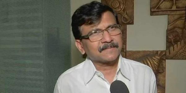 संवाददाता सम्मेलन में सवाल का जवाब नहीं देने के मामले में पीएम मोदी के साथ है शिवसेना