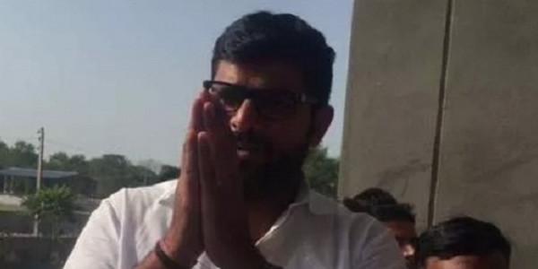 कांग्रेस नेता रणदीप सुरजेवाला के खिलाफ केस दर्ज करे CBI: दिग्विजय चौटाला