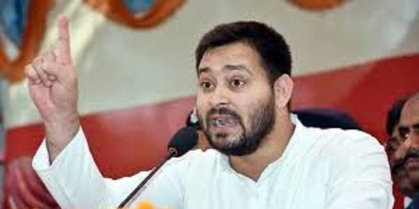 तेजस्वी यादव का नीतीश कुमार पर तंज: मॉब लिंचिंग न रोक सकने वाला शासक बहादुर होता है?