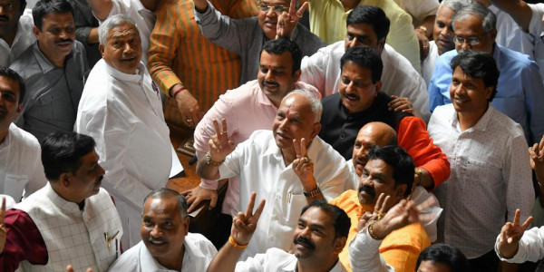In Karnataka, BJP may stake claim to form govt today