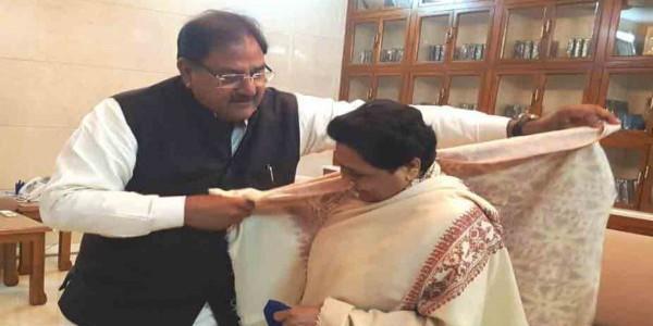 abhay-chautala-meeting-with-mayawati