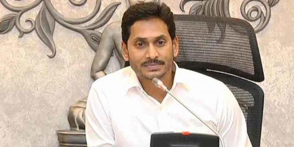 CM YS Jagan Mohan Reddy meets survivors of Godavari boat tragedy