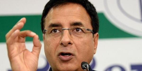 CBI में मचे घमासान पर प्रधानमंत्री की भूमिका संदेह के घेरे में: कांग्रेस
