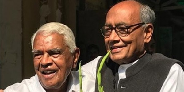 babulal-gaur-told-digvijay-do-not-come-to-bhopal