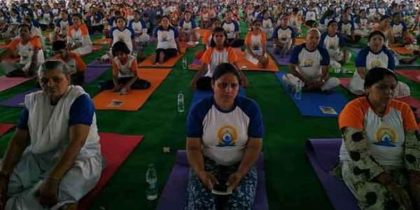 International yoga day 2019: उत्तराखंड में पहाड़ से लेकर मैदान तक योगमयी हुई देवभूमि