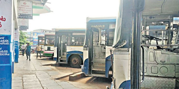 RTC strike: Telangna govt. says no to arbitration committee