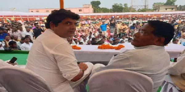 जन आक्रोश रैली में बरसे आरपीएन सिंह, बोले- राशन से लेकर किरासन देने में फेल है सरकार