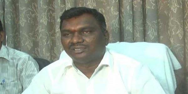 ट्रेन रोकने के मामले में झारखंड के मंत्री को दो माह की कैद, जुर्माना भी लगा