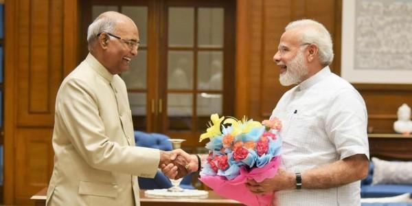 रात 8 बजे राष्ट्रपति से मिलकर सरकार बनाने का दावा पेश कर सकते हैं नरेंद्र मोदी