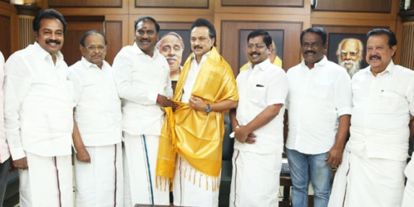BJP Leader B.T. Arasa Kumar Joins DMK