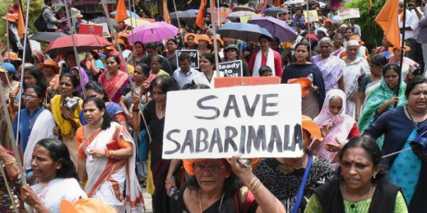 Sabarimala temple row : Women stopped, journalists attacked; protests near shrine turn violent