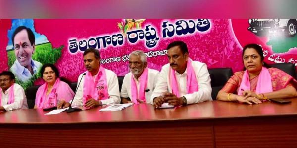 Aarogyasri better than Ayushman Bharat Scheme: TRS leaders