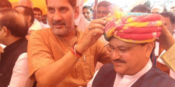 बहादुरगढ़ पहुंचे जेपी नड्डा, सुभाष बराला ने पगड़ी पहनाकर किया स्वागत