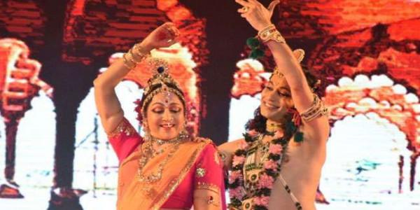गीता महोत्सव में हेमामालिनी को दिए गए थे 29 लाख, अधिकारी बोले-सांसद को नहीं कलाकार को दिए