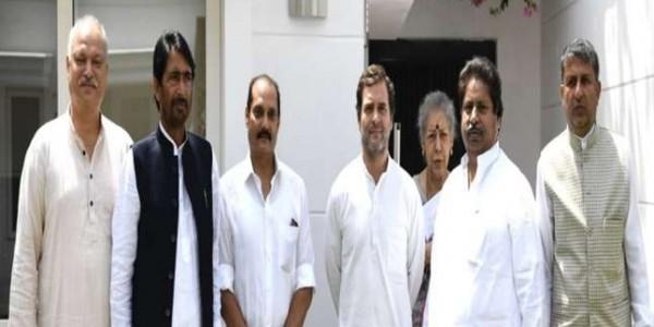 जम्मू-कश्मीर में आधार मजबूत करने को अभियान चलाएगी कांग्रेस, वरिष्ठ नेताओं ने राहुल गांधी से मुलाकात की