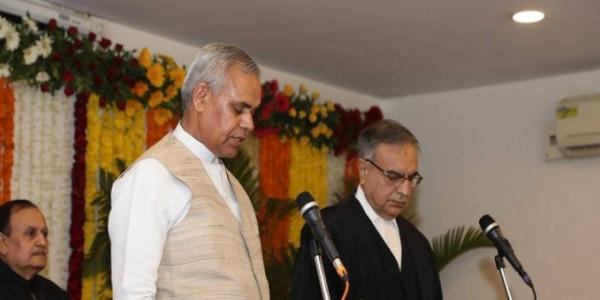 आचार्य देवव्रत ने ली गुजरात के नए राज्यपाल के तौर पर शपथ