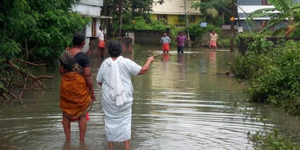 Kerala teams up with Central forces in massive rescue effort