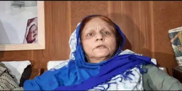 आजम खान की बहन पुलिस से बोली- 'मुझे शूट कर दो', बदतमीजी का भी लगाया आरोप