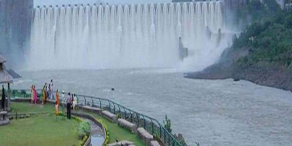 police monitoring on water in gujarat