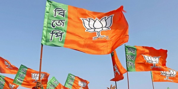 vulnerable-to-trinamool-s-terror-if-we-display-party-flags-bengal-bjp