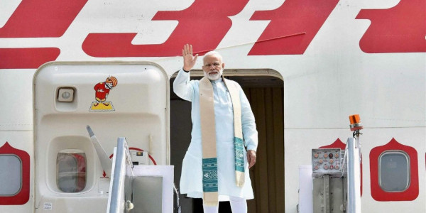Modis 42 Foreign Trips Incurred an Expenditure of Rs 1484 Crore