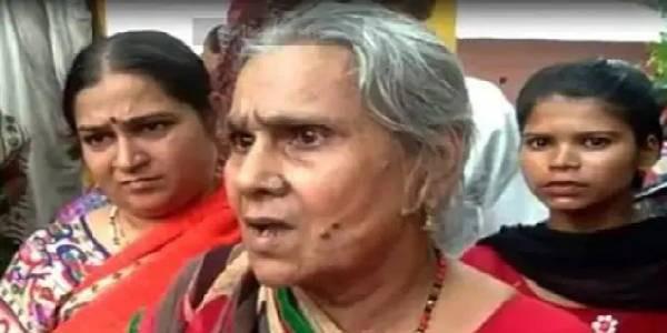 कमलेश तिवारी हत्याकांड- मां ने कहा आरोपियों को फांसी दे सरकार