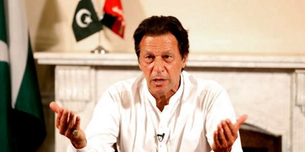 पुलवामा पर सबूत दो, कार्रवाई की गारंटी मैं लेता हूं, भारत ने हमला किया तो देंगे करारा जवाब: इमरान खान
