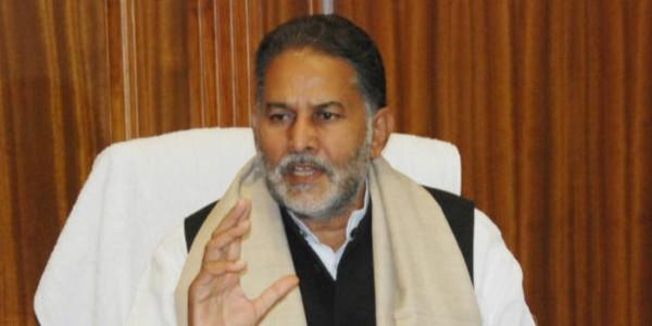 शिक्षा मंत्री ने सरकारी स्कूलों की मरम्मत के लिए दिए आदेश