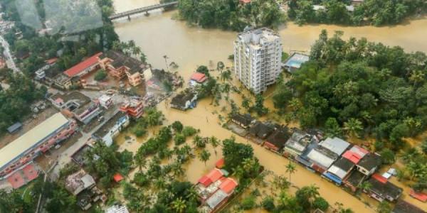 केंद्र सरकार ने केरल की विनाशकारी बाढ़ को 'गंभीर प्राकृतिक आपदा' घोषित किया, जलस्तर घटने पर बढ़ रहा बीमारियों का खतरा