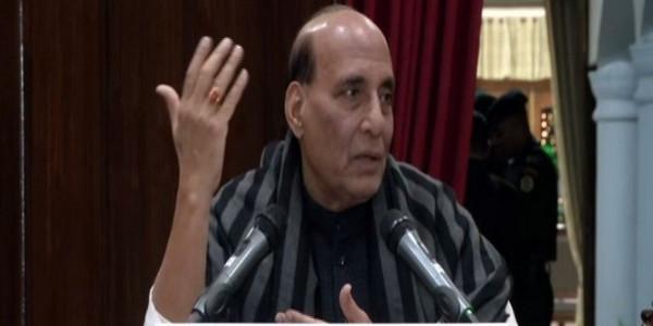 रक्षा मंत्री ने पाकिस्तान पर बोला हमला