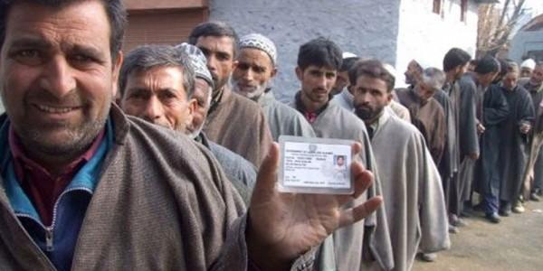 ऊधमपुर और जम्मू में बीजेपी को मिली बढ़त, श्रीनगर से फारुख जीत की तरफ