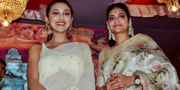 Ganesh Chaturthi 2019: TMC MPs Nusrat Jahan & Mimi Chakraborty spotted in festive spirit at pandal inauguration