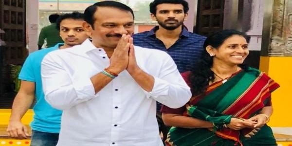 L.B. Nagar MLA crosses over to TRS