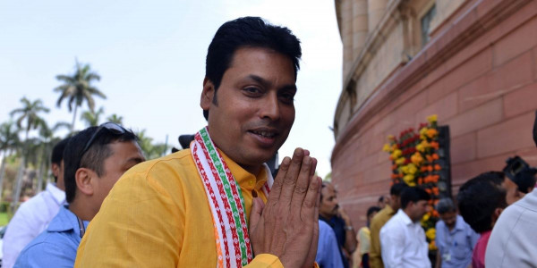 tripura-government-cheated-employees-over-7th-pay-commission-opposition-