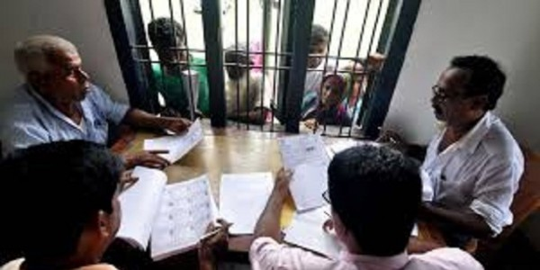 home-ministry-trying-to-stall-assam-s-citizen-register-says-supreme-court-rejects-request-to-suspend-nrc