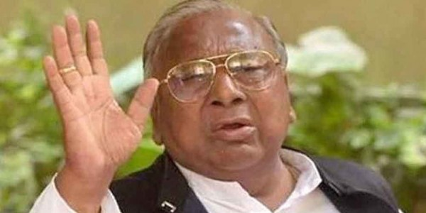 V Hanumantha Rao held for protesting against removal of Ambedkar statue