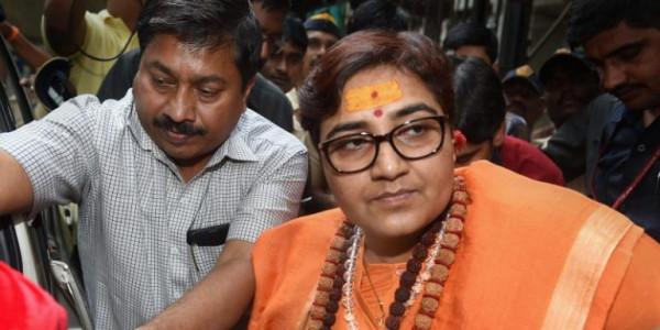 कमलनाथ के मंत्री का साध्वी प्रज्ञा पर तंज, बोले-मोदी की पार्टी के लोग नहीं सुनते तो साध्वी कैसे सुने
