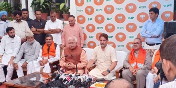 विधायक परमिंदर ढुल और जाकिर हुसैन भाजपा में हुए शामिल