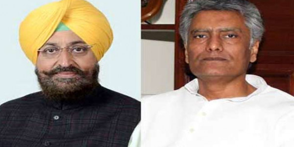 Gurdaspur bypoll: Partap Bajwa finally campaigns for Jakhar