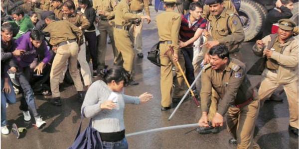मांगों को लेकर आज प्रेस कॉन्फ्रेंस करेंगे JNU के छात्र, सोमवार को हुआ था जोरदार प्रदर्शन
