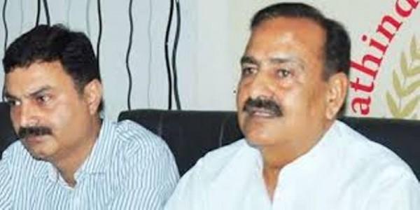 Abohar MLA joins sanitation workers' stir