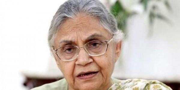 दिल्ली में हार की जिम्मेदारी लेते हुए शीला दीक्षित ने आलाकमान को भेजा इस्तीफा