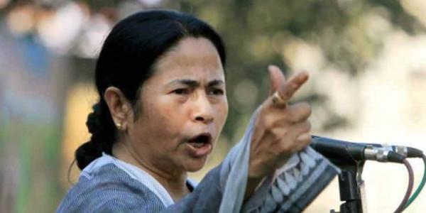 ममता ने लगाया आरोप, 'छात्रों की मौत के लिए आरएसएस और बीजेपी जिम्मेदार'