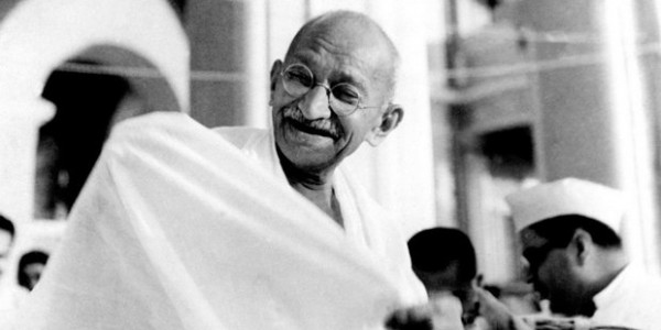 Mamata Government to Distribute Copies of Mahatma Gandhi's Autobiography
