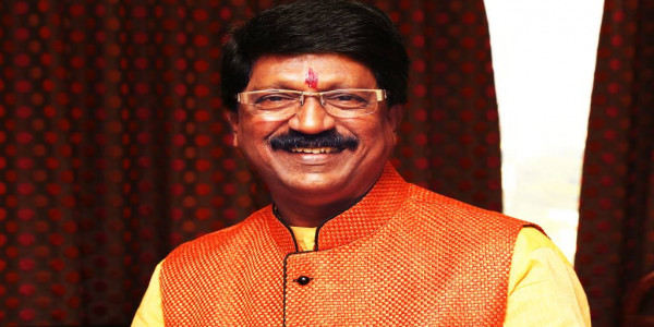 Shiv Sena MLA Arvind Sawant Resigns From the Post of Union Minister