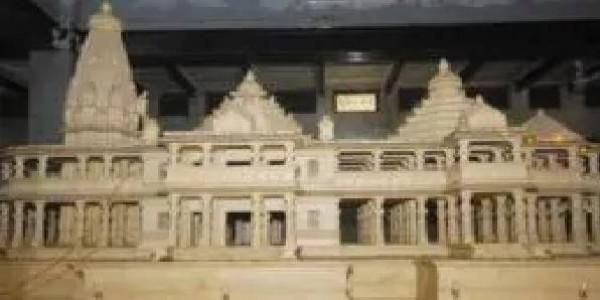 मंदिर निर्माण के लिए मोदी सरकार द्वारा बनाए जाने वाले ट्रस्ट में शामिल होंगे ये अखाड़े